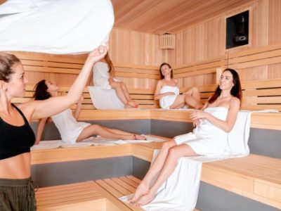 sauna-master-making-ritual-in-finnish-sauna-1024x605